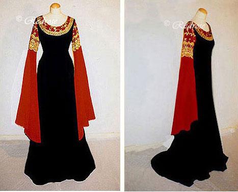 Schwarzes kleid mit rot